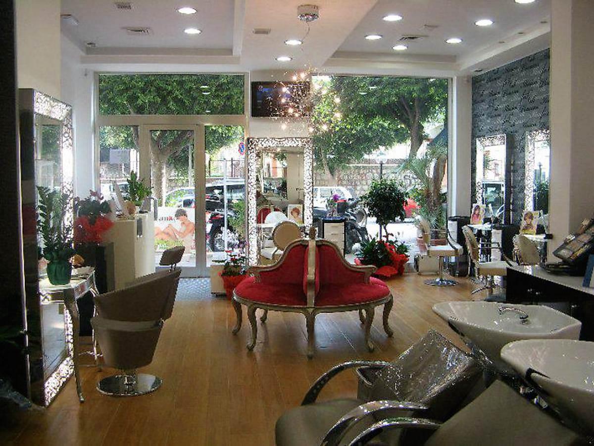 foto salone Capellimania Maniscalco Hair & Beauty Parrucchiere Palermo