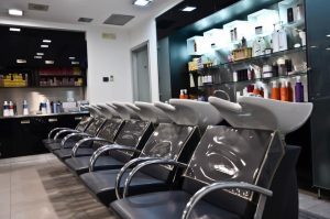 foto salone mitu di gino caradonna e pino catanzaro parrucchieri Bari