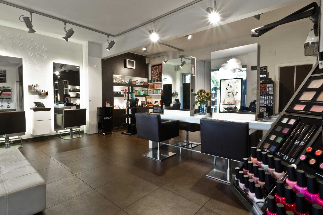 N.I. Hairdressing Via Prandina Chiavari
