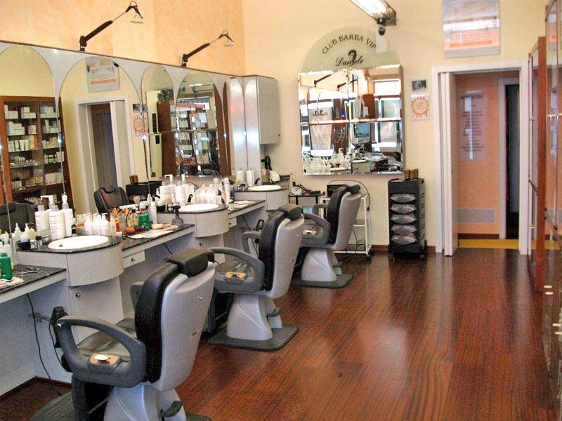 Parrucchieri lecce bravi ecco i migliori uala for Arredamento centro estetico prezzi