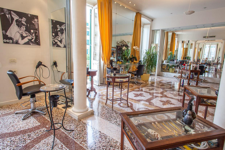 Foto del salone di parrucchieri Mirella Equipe a Genova