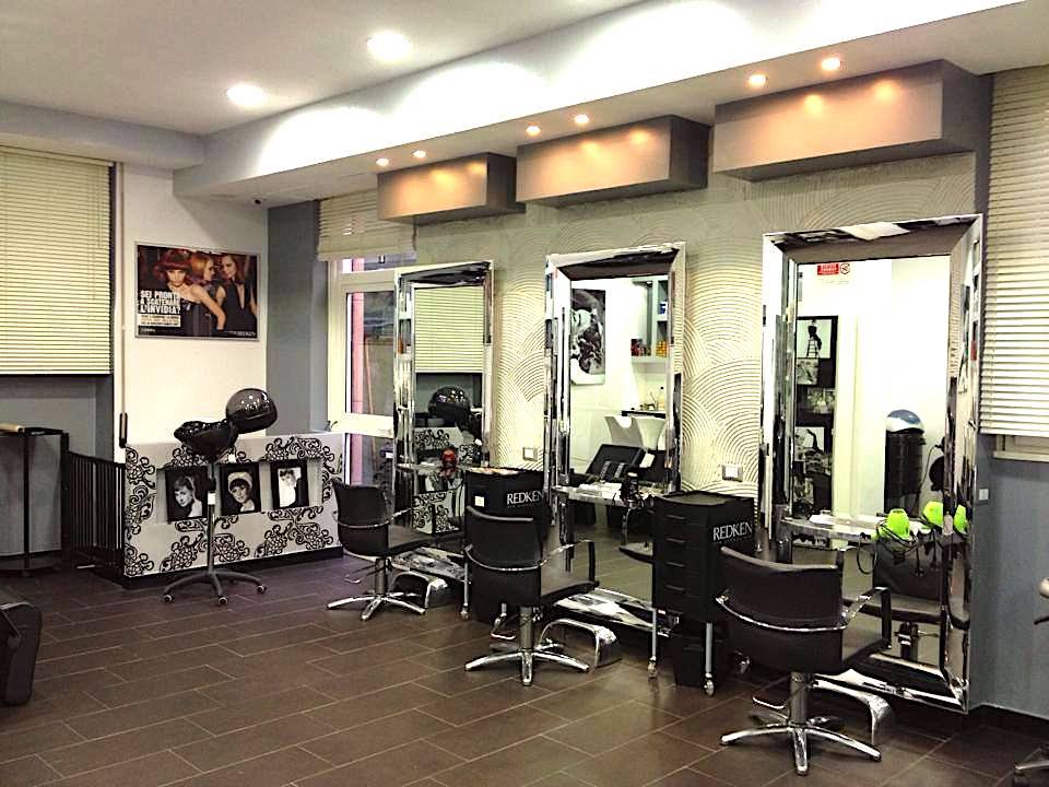 Foto del salone Tiffany's hair a Genova